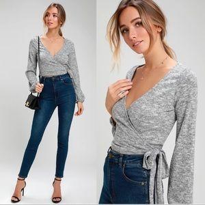 Lulus • Charisma grey wrap top crop heather knit M